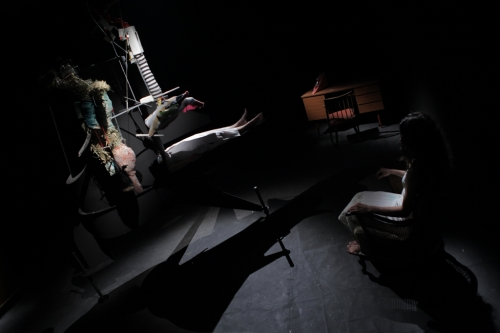 Das Ungetüm, Video Still